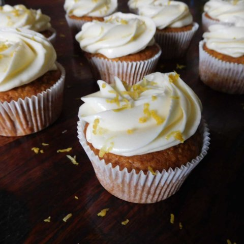 Carrot Cake Muffin | Dinkelmehl